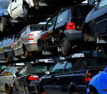 Scrap-cars-have-value-for-recycling-1080x587