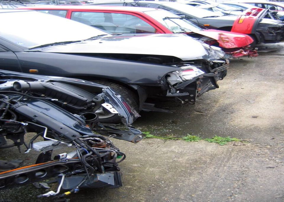 Top Dollars Cash for Junk Cars Disposal